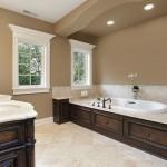 Bathroom Paint Ideas for a Large Bathroom 2