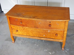 Maplle Dresser Before